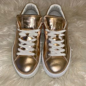Puma Sneakers women's rose Gold size 8